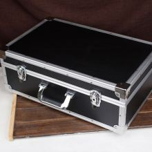 Large aluminum case for carry or store Max. 1000 CD or DVDs