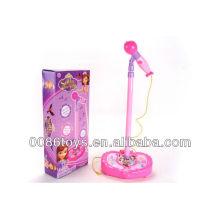 La venta caliente juega el micrófono del juguete