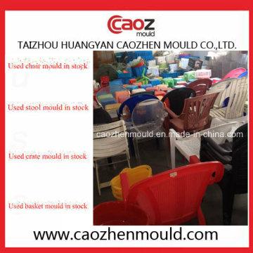 Gebrauchte Kunststoff Stuhl / Kiste / Korb Schimmel auf Lager