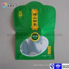 Embalaje de plástico en forma de bolsa con ventana transparente