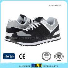 Atmungsaktives Textilfutter für zusätzlichen Komfort Herren Schuhe
