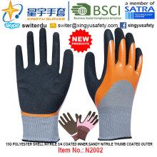 13G полиэфирная оболочка нитрил 3/4 с покрытием внутренний, песочный нитрил большой палец с покрытием внешние перчатки (N2002) с CE, En388, En420, рабочие перчатки
