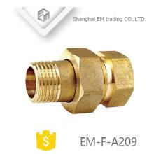 EM-F-A209 G rosca macho adaptador de latón pex fitting con tuerca de haxagon