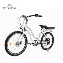 Mulher branca de alumínio elétrico praia cruzador de bicicletas / praia cruiser ebike moto