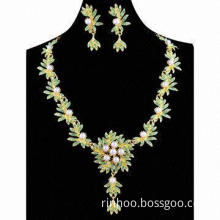 Luxurious flower and leaf rhinestone jewelry set, fashion design in various colors, eco-friendly