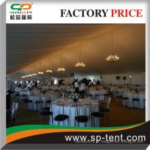 600 pessoas Banquete tendas Tendas com interior decorado branco plissado telhado cetim revestimentos e cortinas laterais