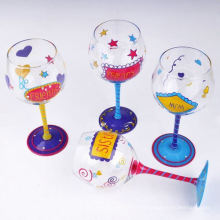 Verre à vin en verre peint à la main