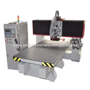 Table-moving CNC Router, Widely Used in Furniture Industry, Decoration, Industrial Equipment Parts