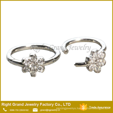 Flower Cubic Zirconia Cartilage Clicker Hoop Surgical Steel Seamless Clicker Ear Tragus Daith