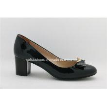 Sapato de couro feminino de última moda de salto alto