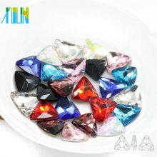 Fabricante Fornecimento Enfeite Ponto de Volta de Cristal Triângulo Forma Arte Fantasia Pedra Setting for Dress C4722
