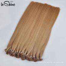 Extension de cheveux à la kératine à plat