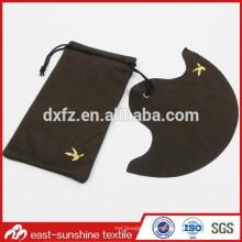 Logotipo de oro de encargo promocional presionó el paño y la bolsa de las lentes de Microfiber