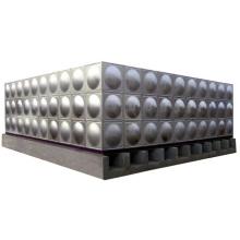 Le réservoir d'eau de refroidissement de soudure de cube d'acier inoxydable a ridé le réservoir d'eau en acier