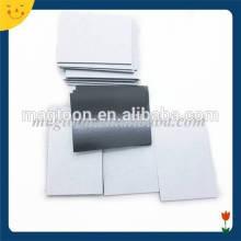 Imán de caucho adhesivo flexible de tamaño personalizado