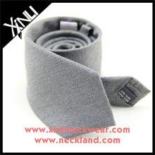 Cravate mélangée grise de cravate en soie de soie grise, cravate en soie