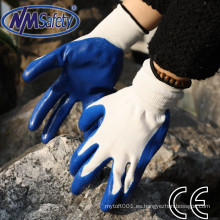 NMSAFETY al por mayor 13g guantes de trabajo de nitrilo jardín azul liso palma sumergido guantes de nitrilo