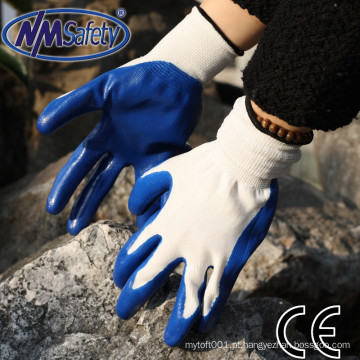 NMSAFETY atacado 13g jardim azul nitrilo trabalho luvas luvas de nitrilo de palma suave mergulhado
