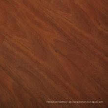 8mm Deutsche Techologie Red Oak V-Beveled Geprägte Oberfläche Laminatboden