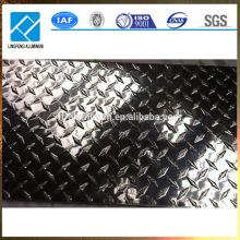 Hoja de metal de aluminio antideslizante 4x8 en relieve con precios baratos