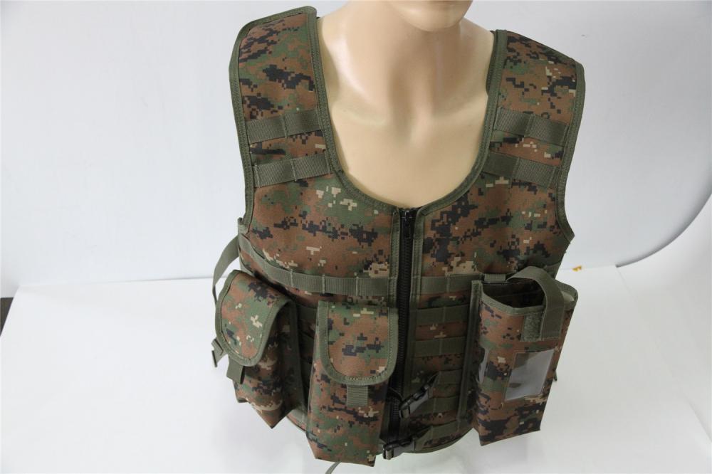 เสื้อกั๊กยุทธวิธีทหารนิยม
