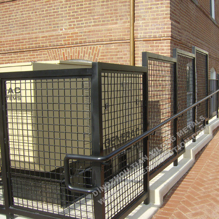 Welded Mesh Fence for Residential Using
