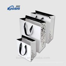 mini saco de papel branco reciclável