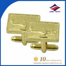 Gemelos cuadrados de encargo al por mayor del chapado de oro con la insignia