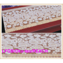 Vinyle Golden Long Lace Rolls Table Cloth 50cm Width