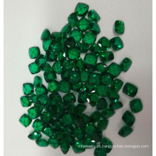 Laboratório criado almofada solta Esmeralda gemas de forma