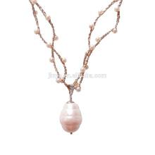 Long collier de perle blanche de style baroque à la main Vintage