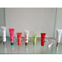 Pequeño tubo plástico cosmético 15ml