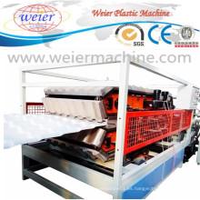 Línea de producción esmaltada PVC de la maquinaria del extrusor del tejado de la onda de la onda