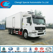 China Manufacture 25t Freezer Truck 6X4 Cooling Van Truck HOWO Freezer Truck