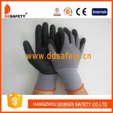 Schwarzer Nylon-schwarzer Nitril-Schaum-Handschuh Dnn151