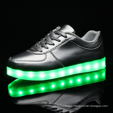 Hot Selling Men LED Light Comfortable Shoes