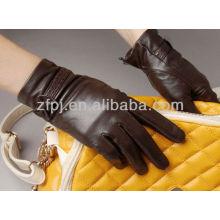 Fabricación de guantes de cuero de las mujeres de China