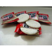 Alimentos de petiscos fritos - cracker de arroz senbei