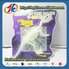 Alta qualidade de plástico dinossauro esqueleto brilho no brinquedo escuro