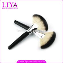 OEM nuevo diseño big fun de cepillo para maquillaje Maquillaje recargable cepillo caliente de la venta