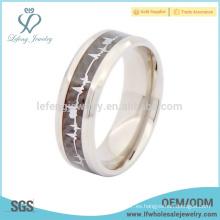 Titanio de diseño de alta calidad con anillo de boda de fibra de carbono
