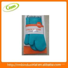 Uso del horno y guantes de silicona de diseño resistente al calor (RMB)