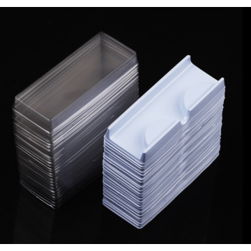 Цена Одноразовый пластиковый лоток для ресниц в блистерной упаковке