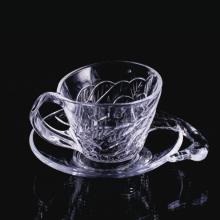 Taza y plato de cristal estilo cisne