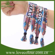 2015 Горячие продажи ткани браслеты на продажу