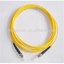 Pérdida baja de la inserción y cordón de remiendo de la pérdida del alto voltaje ST 9/125 Cordón de remiendo de la fibra óptica del solo modo 2.0 milímetro