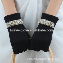fashional girls wholesale wool gloves with sequins