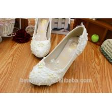 El vestido de boda blanco viste los altos talones al por mayor el nuevo cordón de la mano wedding los zapatos PU nupcial calza WS018