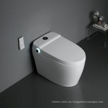 Inodoro inteligente automático con tanque de agua que se hunde con bidé