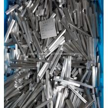 Barre en aluminium extrudé pour échangeur de chaleur à plaques